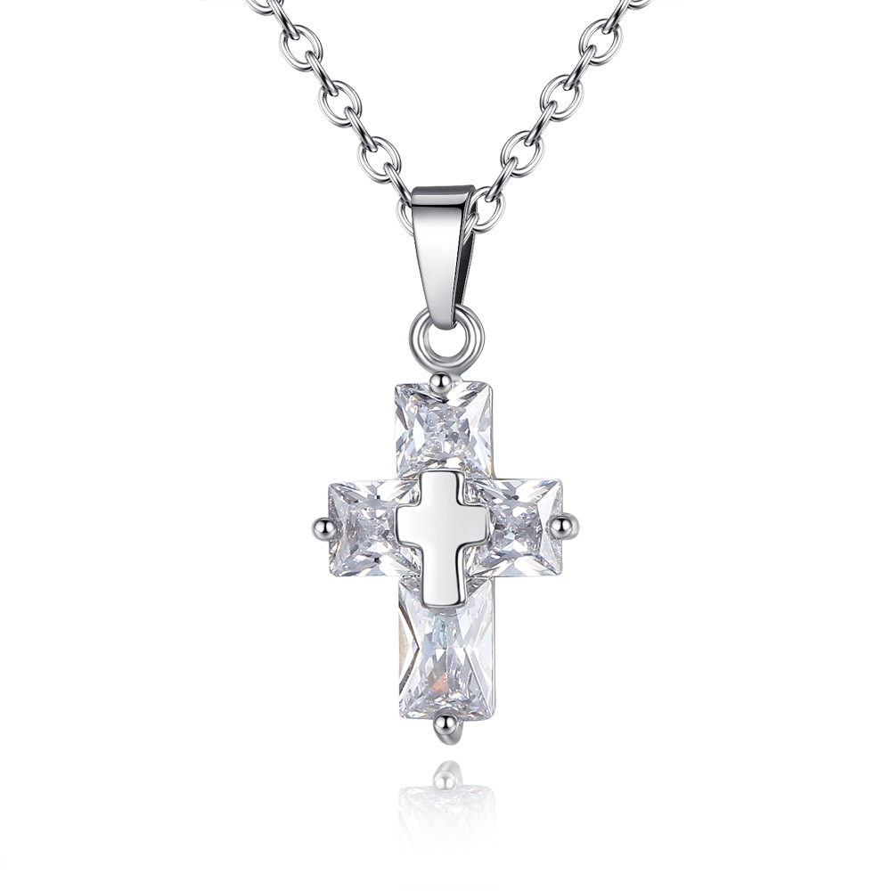 Hot Sale Crystal Zircon Cross Necklace Women Jesus Pendant Necklace Fashion Banquet Gift Necklace
