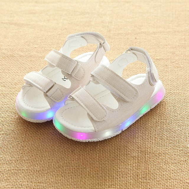 New arrival Girls Boys Sandals LED Glow Children Beach Shoes Summer Child Shoes Cute Girls Shoes Design Casual Kids Sandals 1