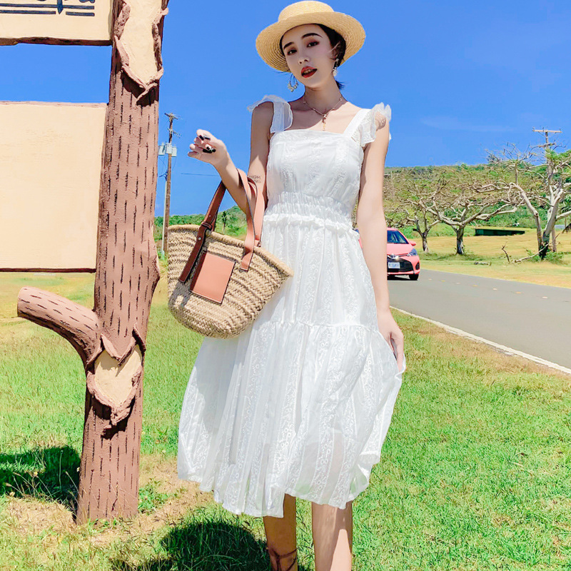 Photo Shoot 2019 Camisole Beach Skirt Seaside Holiday White Fairy Skirt Pleated Cream Immortal Gentle Dress