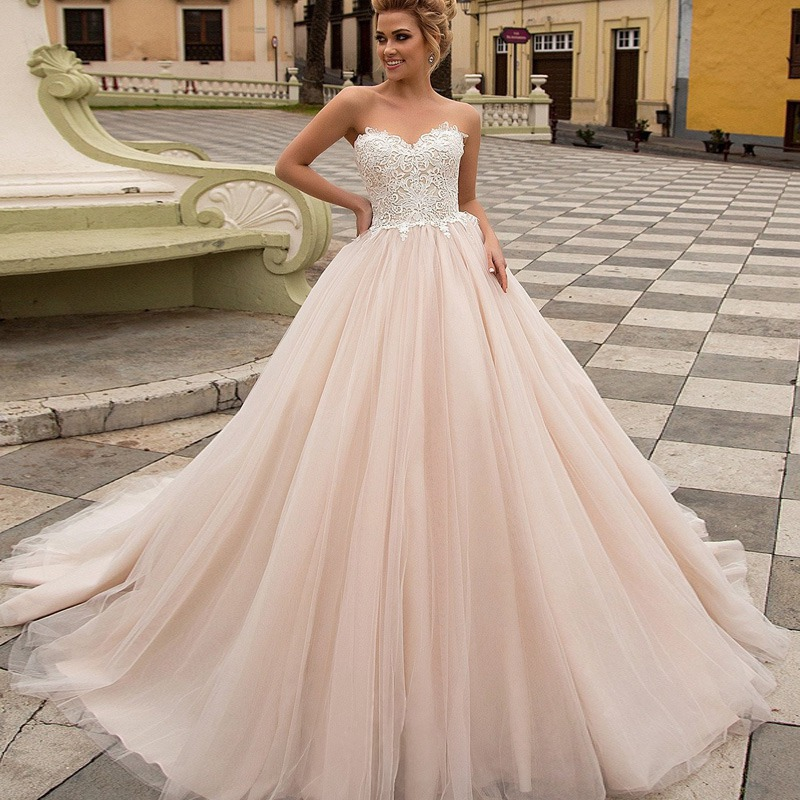 New Embroidery Lace <font><b>Dress</b></font> <font><b>Wedding</b></font> <font><b>Sexy</b></font> Strapless Sweetheart Neck Vestido De Casamento Champagne Romantic <font><b>Wedding</b></font> Gowns 2019 image