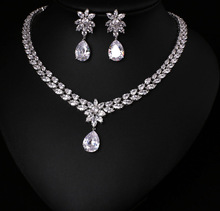 COlOR BEST QUALITY BRILLIANT CRYSTAL ZIRCON EARRINGS AND NECKLACE JEWELRY SET WEDDING DRESS ACCESSARIES