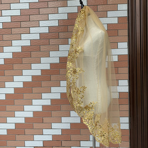 Image 5 - Bling Sequins Lace Edge Short Veil One Layer White Ivory Gold Veil Of the Bride Weeding Accessoire Wedding Veils with Comb