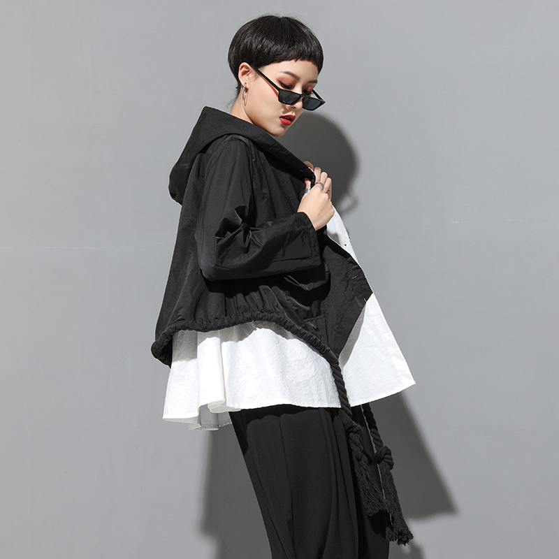 [EAM] 2019 New Autumn Hooded Collar Long Sleeve Spliced Big Size Drawstring Button Loose Jacket Women Coat Fashion Tide JY906
