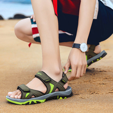 2020 New Summer Sport Sandals Beach Men Shoes High Quality Leather Sandals Water Shoes Big Men's Sandals Large Size 39-46