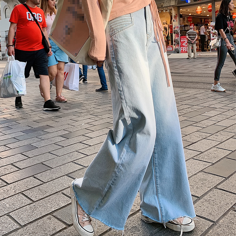 MISHOW 2019 Autumn Fashion Denim Pant Women High Waist Loose Straight Daily Light Blue Jeans MX19C2372