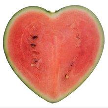В форме сердца арбуз формы роста плесень в форме сердца форма для разрезания арбуза ing плесень в форме сердца форма для разрезания арбуза