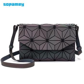 Nuevo geométrico cadena de hombro bolsas luminosa mensajero bolsa mujeres bolso de noche de chicas plegable bolsos bolso Casual tipo Clutch