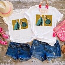 Летняя семейная подходящая короткая футболка для мамы и дочки