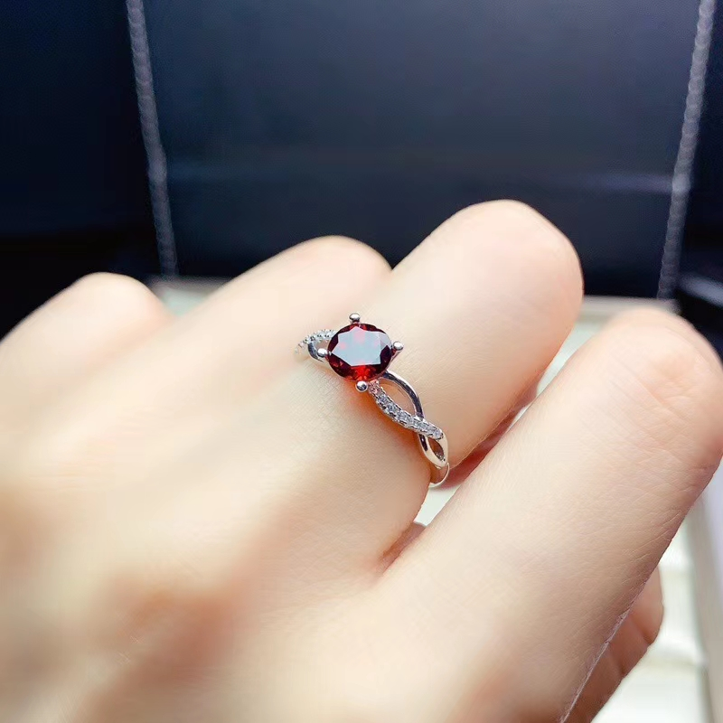 Details about  /New 925 Sterling Silver with Natural Red Garnet Special Woman/'s Ring Size 5-10