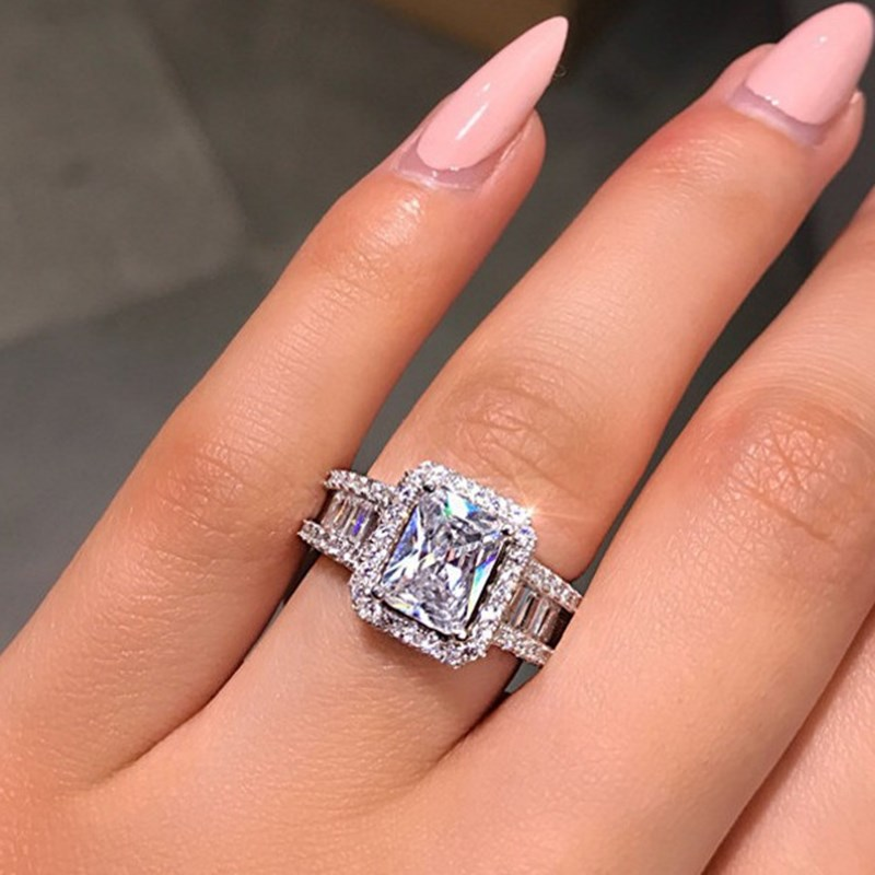 Female Fashion Square White Zircon Rings For Wedding Party Gift Simple Design Square Rhinestone Bridal Wedding Engagement Ring