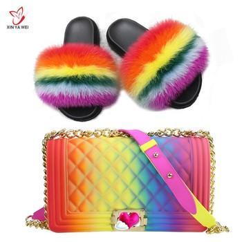 Zapatillas de 100% piel de zorro auténtica para mujer, chanclas de piel de arco iris bonitas, zapatos peludos de viaje para mujer, conjunto de bolsas de gelatina, bolsa de moda
