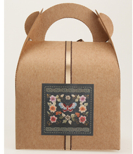 60PCS/Lot Palace retro pattern stickers Kraft Paper Color Sealing Paste Baking Biscuit Bag Decorative Seal Sticker