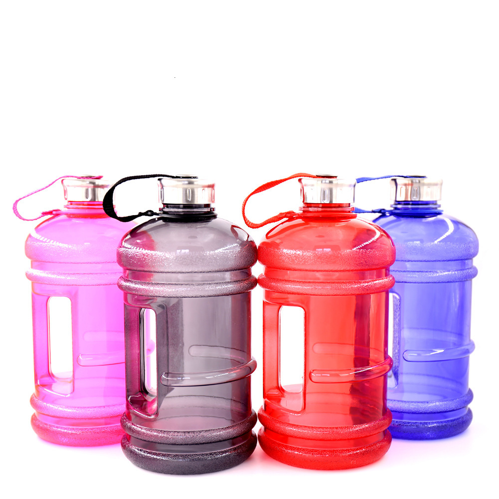 H89b18e9926604f1ebe1c4fdc2697325as Soffe 2.2L Large Capcity 1/2 Gallon Water Bottle Bpa Free Shaker Protein Plastic Sport Water Bottles Handgrip Gym Fitness Kettle