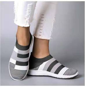 Image 3 - Fujin 2020 Flats Vrouwen Lente Mode Casual Schoenen Lente Schoenen Sneakers Vrouwen Platte Schoenen Slip Op Ademend Knit Stretch Flats