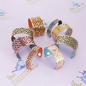 Image 5 - Cremo Arm Manchet Armbanden & Bangles Voor Vrouwen Sieraden Rvs Armband Manchette Verwisselbare Lederen Band Pulseiras