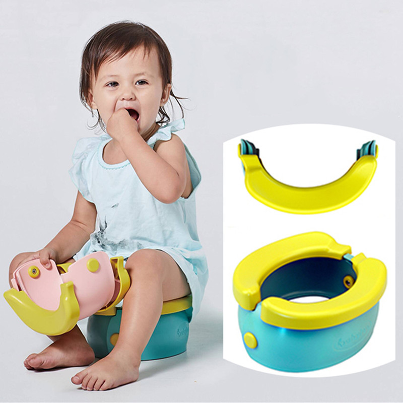 Plastic Folding Cute Banana Children Travel Potty With 20pcs Urine Bags Small Trash Can Portable Baby Toilet Beach Camping WC image