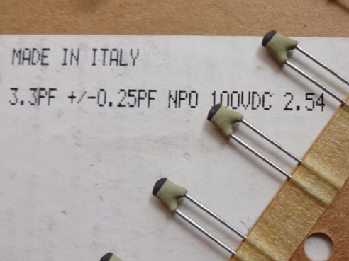 10PCS/50PCS NEW BC 3.3pF/100V 0.25% NP0 p2.5mm silver film ceramic capacitor PH 3.3P 100VDC high frequency DIY 3P3 100V 3.3pF