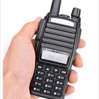 מכשיר הקשר נמוך מחיר Baofeng UV82 מכשיר הקשר 5W Dual Band Dual Display Pofung UV82 מכשיר הקשר Baofeng שני הדרך רדיו Interphone (1)
