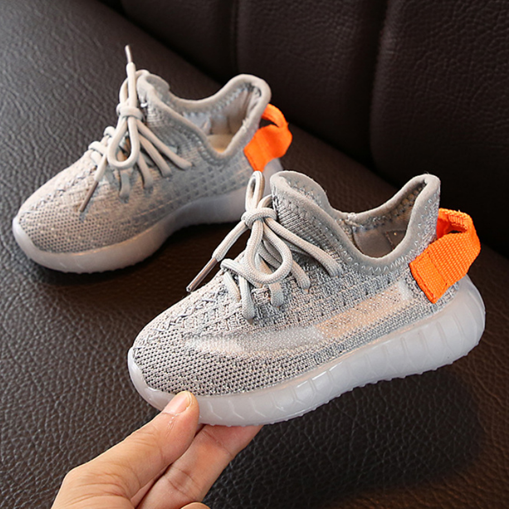 Shoes For Kids Toddler Boy Sneakers  Lightweight Mesh Breathable Soft Soled Night Lighted Shoes For Party And School