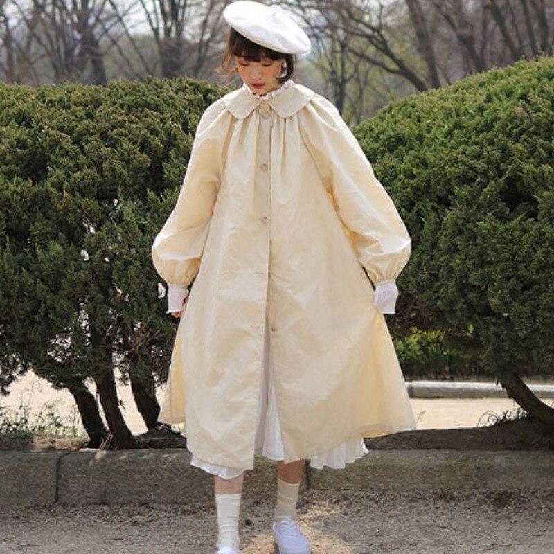 LANMREM 2020 Spring New Fashion Solid Color Single-breasted Doll Collar Lantern Sleeves Long Windbreaker Women PB554