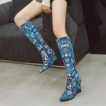 цены Plus Size 34-43 New Women Winter Shoes Knee High Boots Snakeskin Pointed Toe Wedges High Heels Long Boots Bottine Femme Fashion