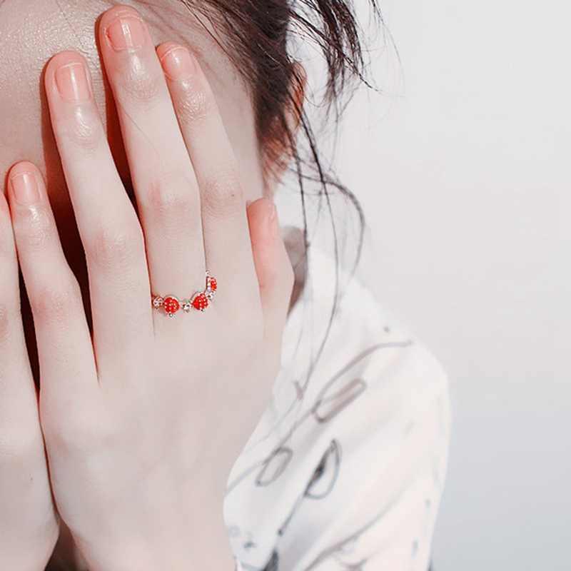 ใหม่น่ารักสตรอเบอร์รี่หวานแหวนมงกุฎหัวใจ Rhinestone แหวนแฟชั่นเครื่องประดับสำหรับผู้หญิง