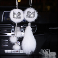 Car Ornaments Swan Diamond Winter Pendant Female Car Interior Decoration Car Pendant Hanging Accessories