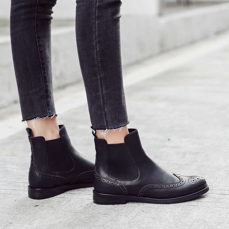 Donna-ผู้หญิงของแท้รองเท้าหนัง Brogue แกะสลักข้อเท้ารองเท้าแฟชั่นเชลซีรองเท้าส้นสูงสุภาพสตรีรองเท้าฤดูใบไม้ร่วง 2019 ผู้หญิงรองเท้า