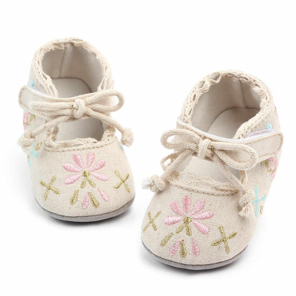 Nova princesa floral impressão bebê algodão infantil sapatos primeiros caminhantes mocassins do bebê anti-deslizamento berço tênis casuais sapatos de bebê