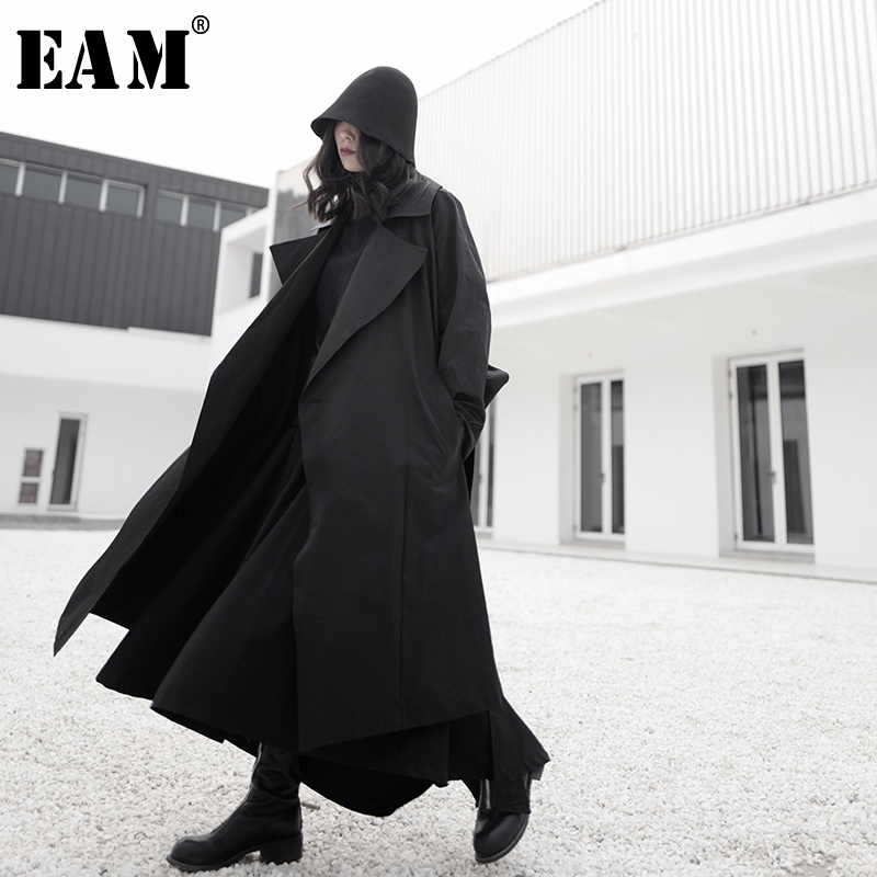 [EAM] Women Black Split Joint Long Temperament Trench New Lapel Long Sleeve Loose Fit Windbreaker Fashion Tide Spring 2020 1S245