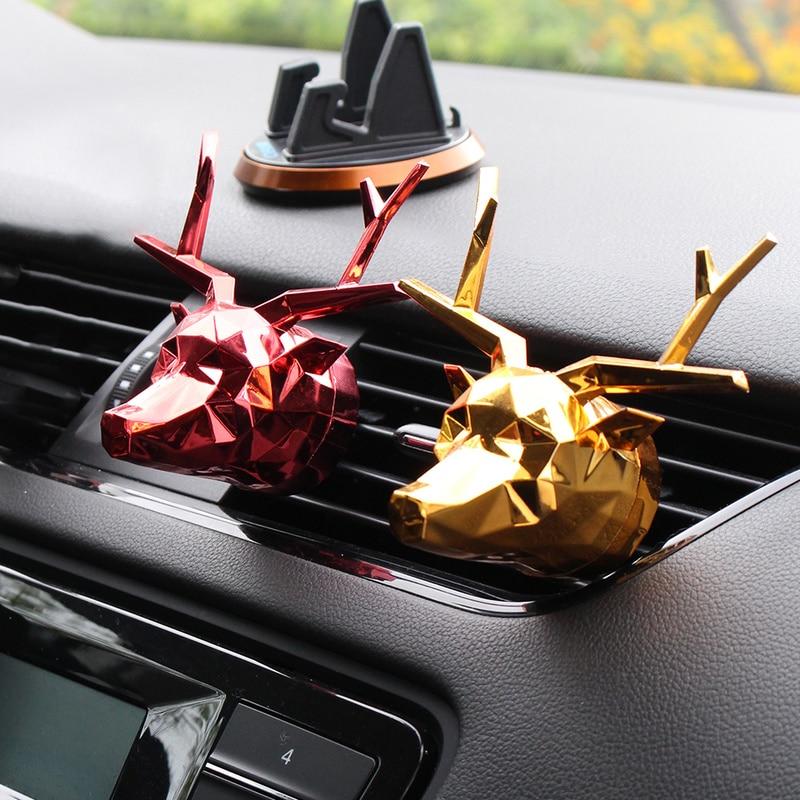 New Car Perfume Fragrance Clips Bulldog Deer Shape Auto Vent Air Freshener Scent Perfume Diffuser Car Interior Decor with Box