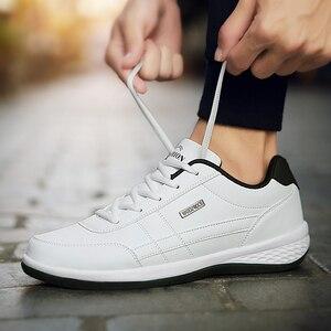 Image 5 - Zapatos de moda para hombre, mocasines informales de primavera y otoño, tendencia aire libre para estudiantes, para patinar, caminar en pista