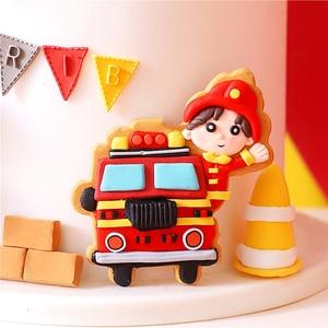 Image 4 - Pompiere Set Fuoco Camion di Scaletta Decorazione per il Giorno dei bambini Serbatoio di Acqua Felice Torta Di Compleanno Toppers Rifornimenti Del Partito di Modo Regali