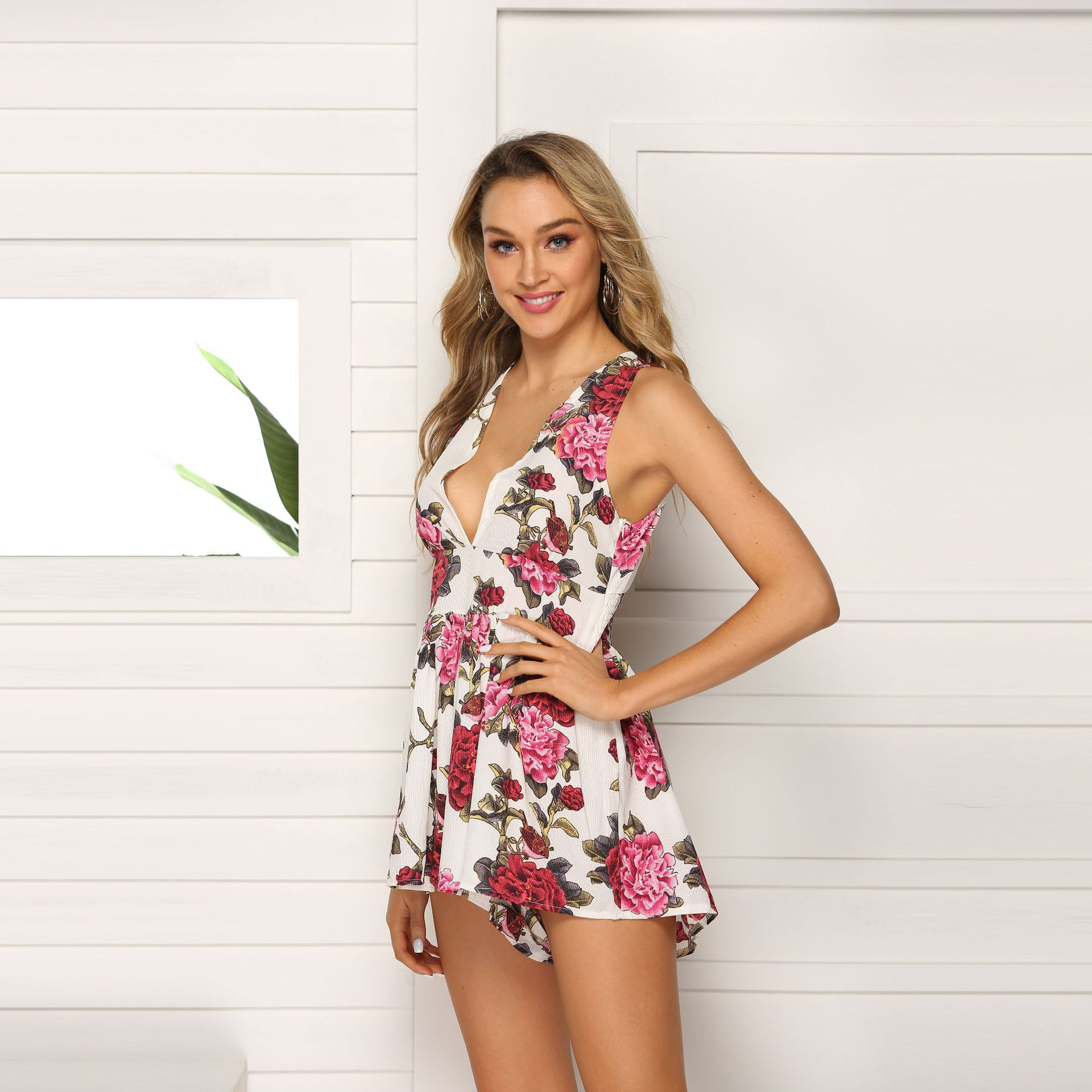 Summer New Style Europe And America Printed Sexy Deep V Onesie