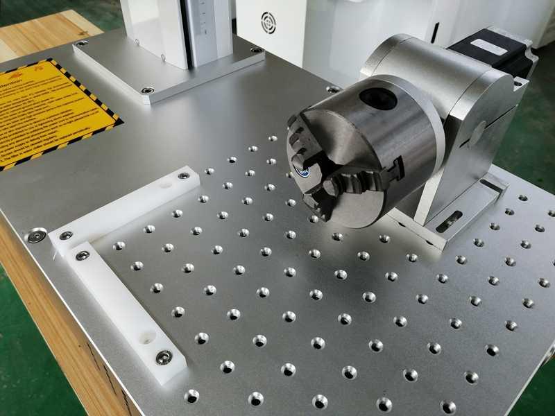 Máquina de marcado láser de fibra de 20W 30W Raycus portátil para joyería de acero inoxidable de plástico metálico