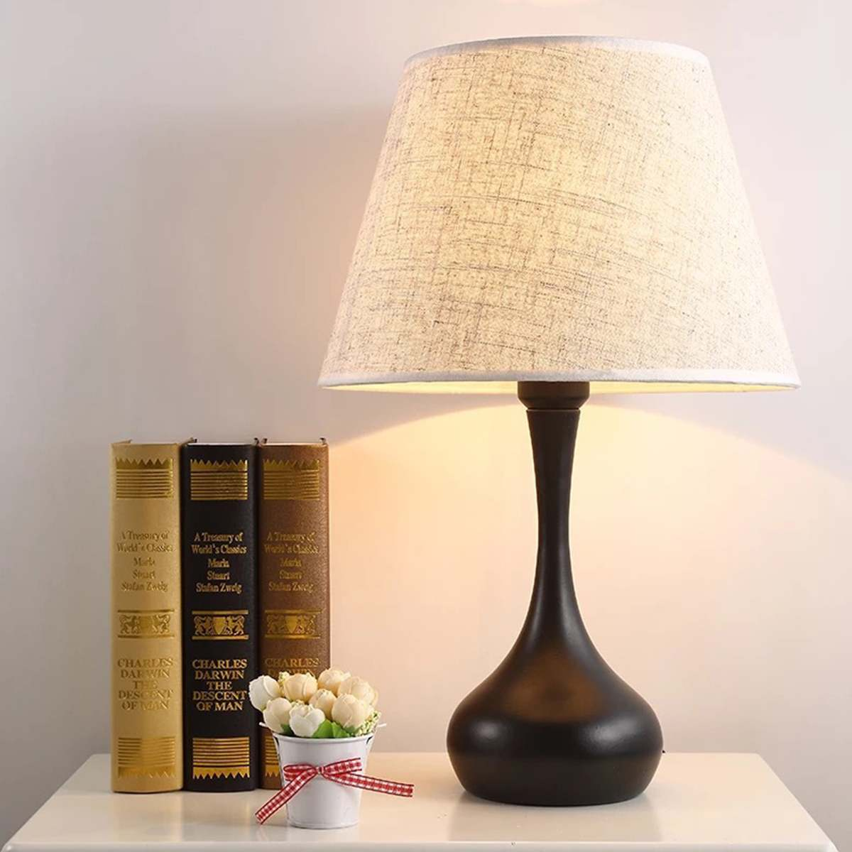 Nordic Modern LED Bedside Lamp Bed Lamp For Living Room Bedroom Decorative Lighting Desk Lamp Table Art Decor Night Light
