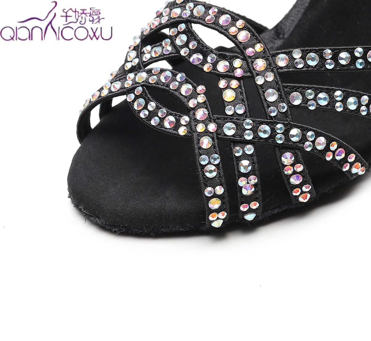 Fabrika doğrudan satış Salsa caz balo salonu Latin dans ayakkabıları dans kadın Modern musluk Latin topuklu 1036 yaz sandalet