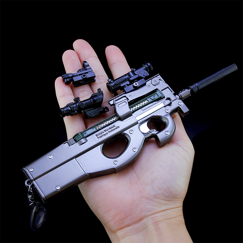 PUBG Keychain Game PLAYERUNKNOWN'S BATTLEGROUNDS Costume Keychains P90 Submachine Gun Weapon Model Key Ring For Fan's