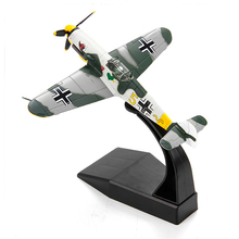 UKbf109 Strike Fighter Simulation Model 12.5cm Length 1:72 Scale for Ornaments Collection or Airshow