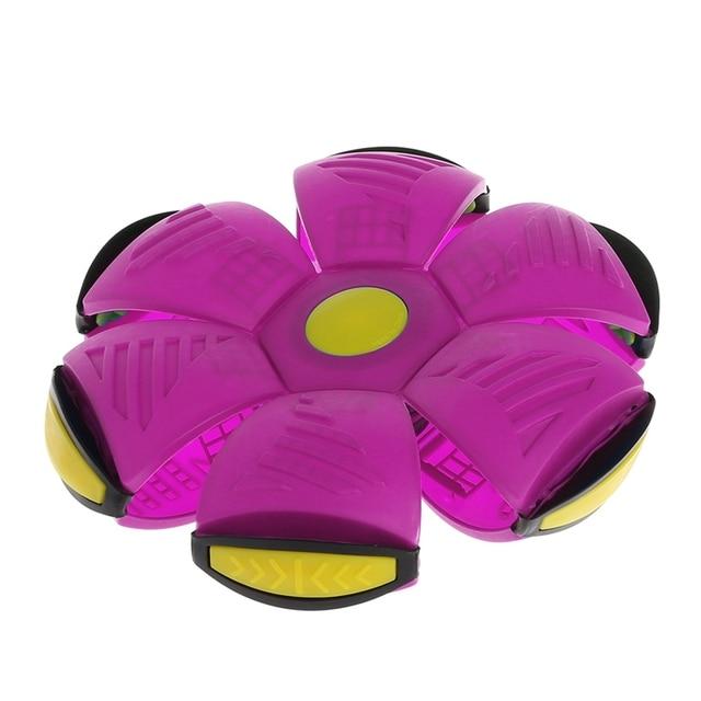 летающий нло плоский бросать диск мяч с светодиодный светильник фотография