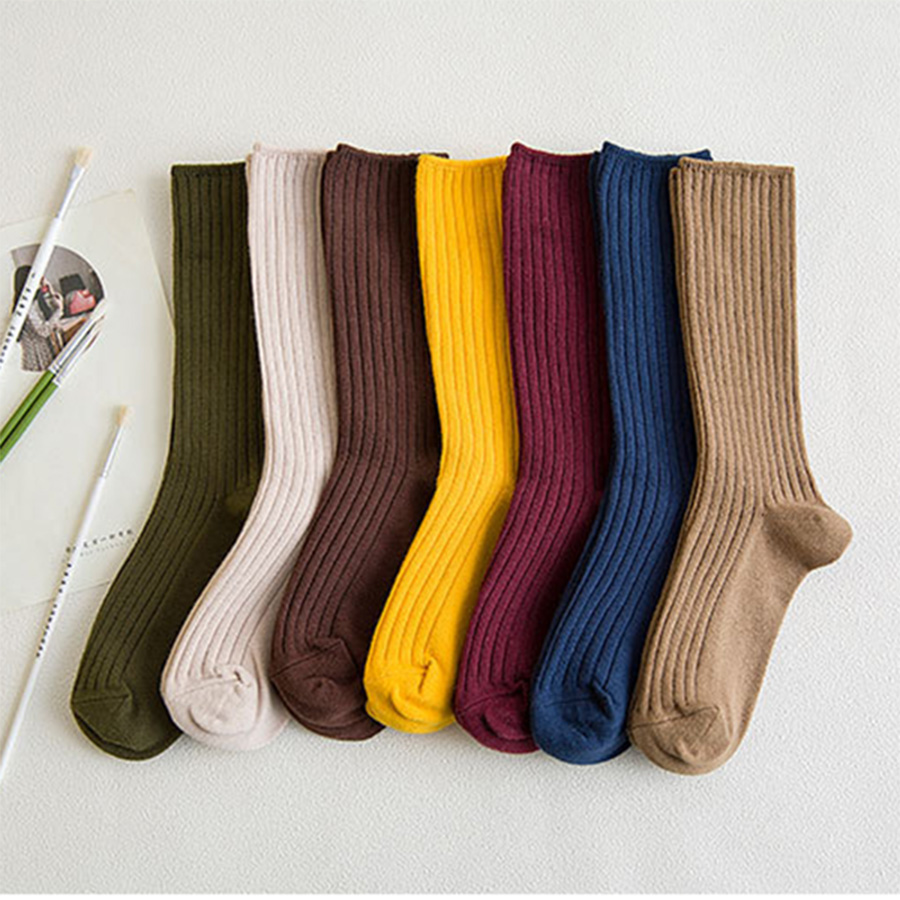 2019 New Cotton Women Socks Solid Color Black Khaki Beige Pink Casual Harajuku Female Crew Socks Autumn Winter Style 1 Pack