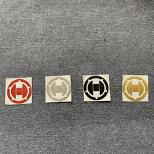 цена на 3D Motorcycle Rubber Fuel Gas Tank Cap Cover Pad Decoration Stickers For Suzuki GSXR 600 750 1000 GSXR600 GSXR750 GSXR1000 K3-K9