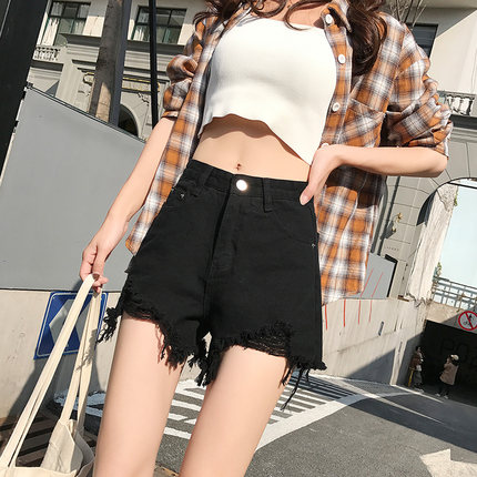 NEW Women's Shorts Are Fashionable, Slim And Versatile In Summer, With Long Legs, Slim Body And High Waist