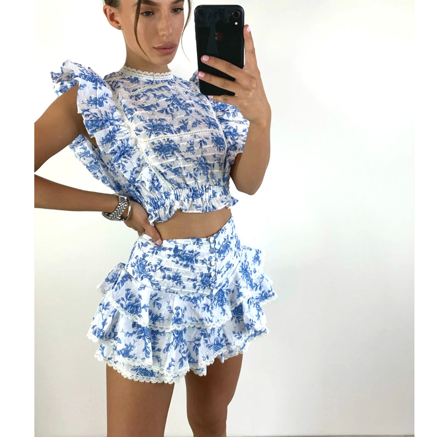 High-quality 2021 cropped top, elastic waist, ruffled details and cute ruffled mini skirt