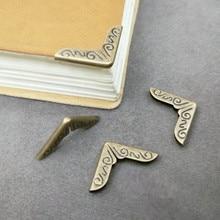10 unids/lote esquinas de Metal para libros Scrapbooking álbumes de 15*15mm esquinero para menú protectores Artesanía de Metal DIY