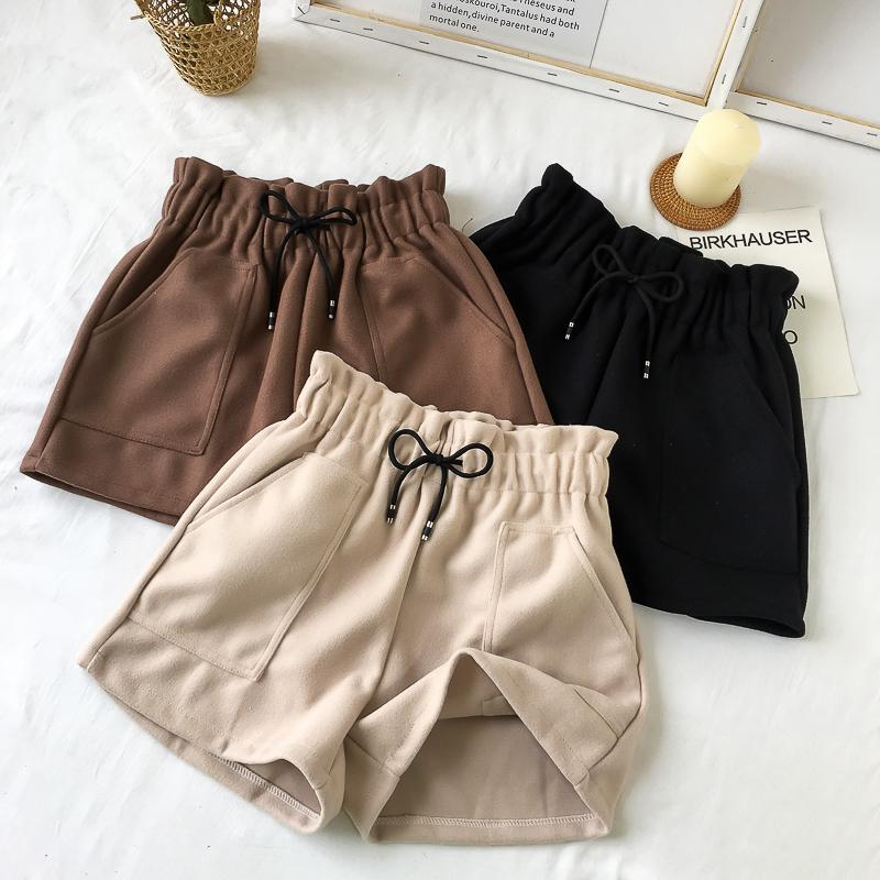 Plus Size High Waist Wide Leg Black Shorts Women Autumn Winter Solid Short Casual Thicken Warm Ladies Woolen Shorts Elastic 2019