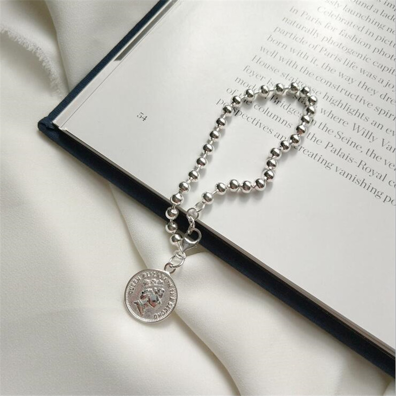 New Fashion Popular Coin Queen Head Creative 925 Sterling Silver Jewelry Personality Round Card Bead Bracelets SB229