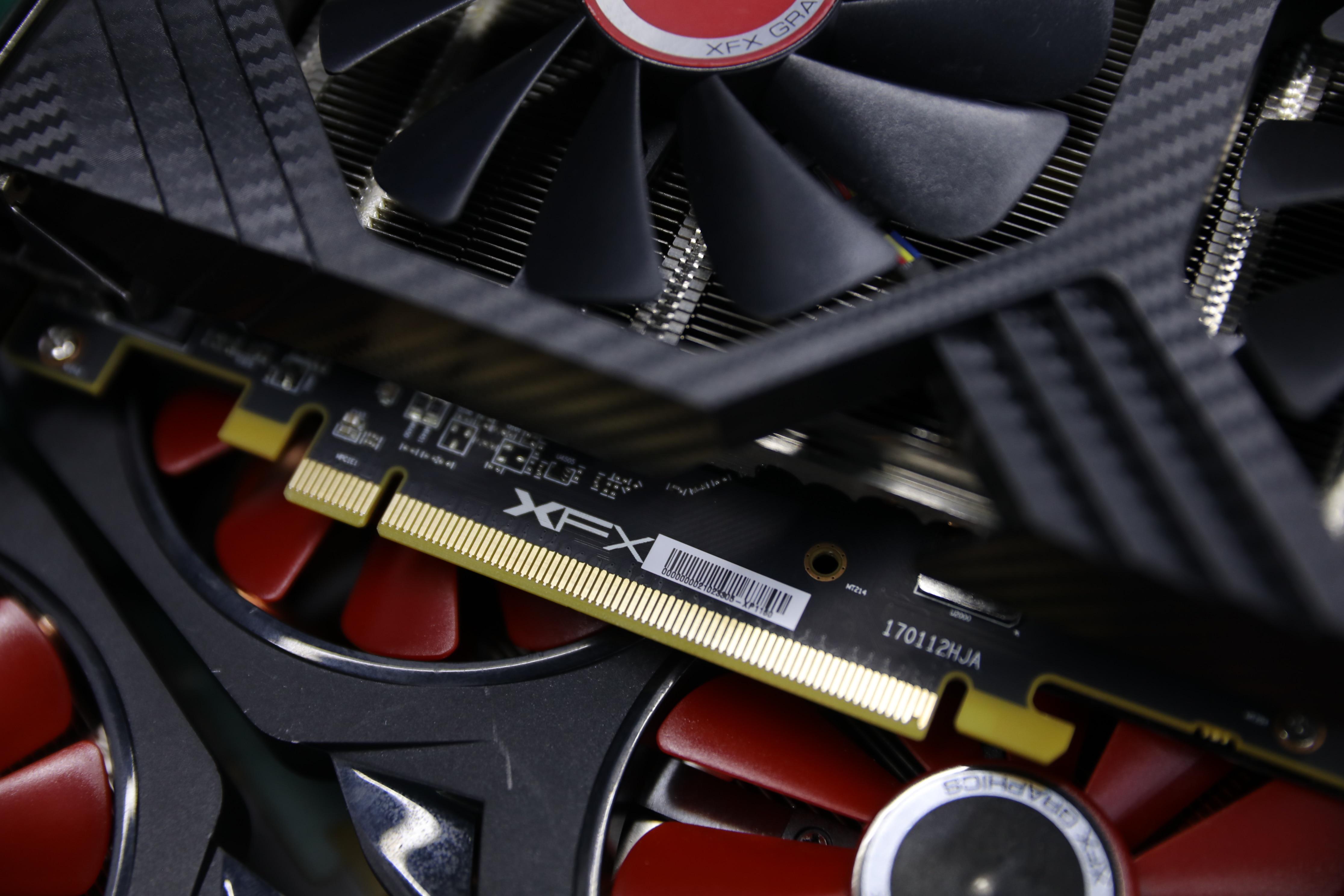 XFX RX 580 4GB 256bit GDDR5 Настольный ПК игровой видеокарты видеокарта не горнодобывающей промышленности используется rx 580 4g бне новая карточная игра rx580 8G 4G-4