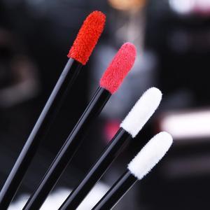 Image 5 - 500/1000個の使い捨てリップブラシ女性アクセサリー卸売口紅グロスワンドアプリケーターパーフェクト最高のメイクアップツールホッティング