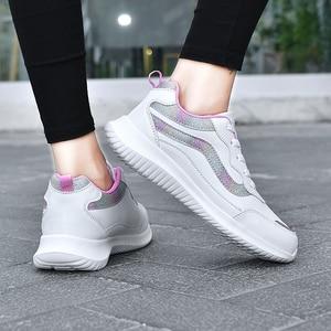 Image 4 - النساء أحذية رياضية أحذية رياضية جلدية الدانتيل متابعة مقاوم للماء حذاء مسطح في الهواء الطلق حذاء للجيم احذية الجري السيدات أحذية رياضية